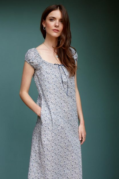 Laura Dress in Blue Floral